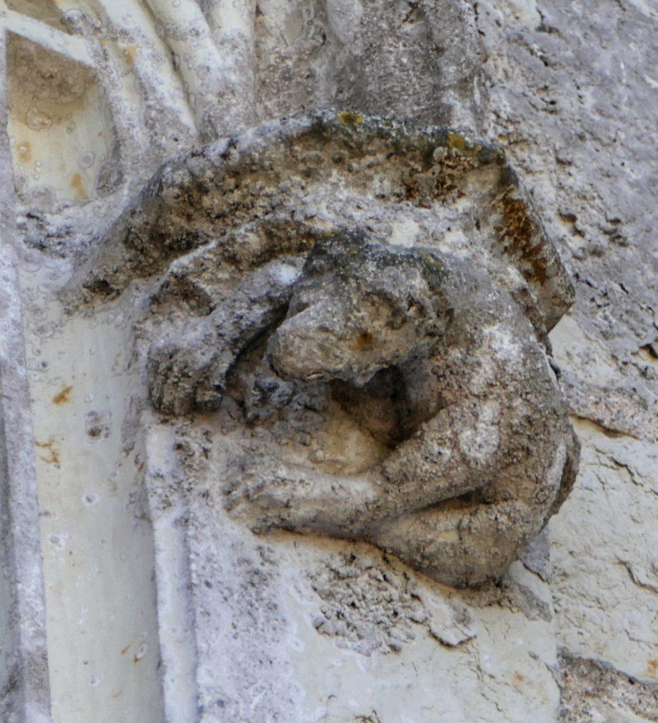 Détails façade du chateau des Brétignolles